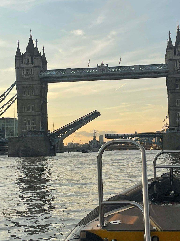 Tower Bridge Stuck again - London 2021